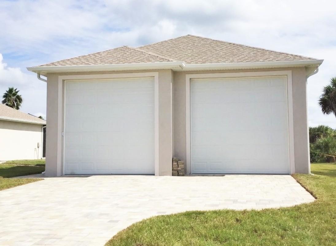 Brobst-builder-Port-Charlotte-FL-Freestanding-garage